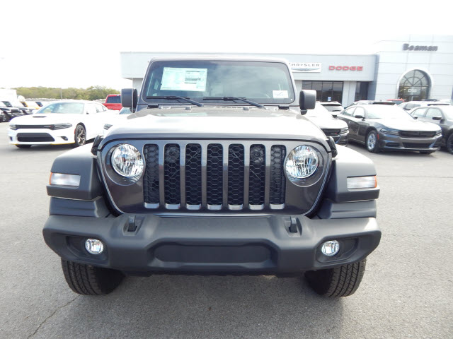 New 2020 Jeep Gladiator SPORT 4X4