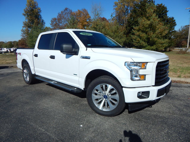 Pre-Owned 2017 Ford F-150 XL 4WD