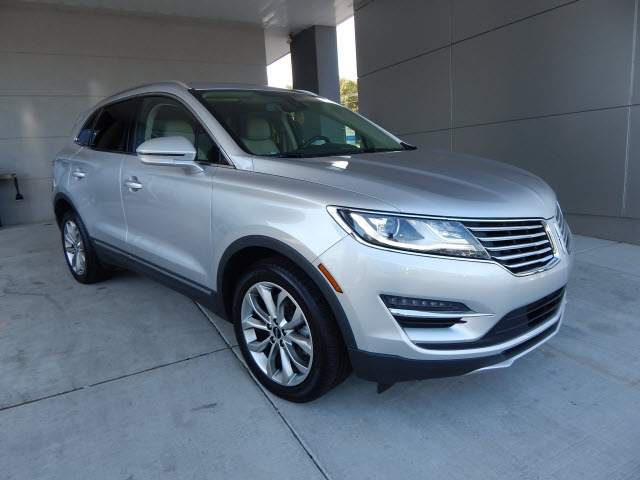 2017 Lincoln Mkc Select >> Pre Owned 2017 Lincoln Mkc Select Awd